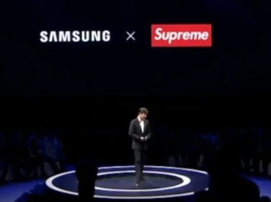 今日19大时尚要闻|美国Supreme否认在北京开店