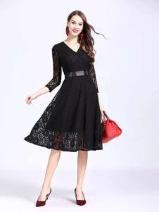 诺羽西女装黑色时尚七分袖连衣裙