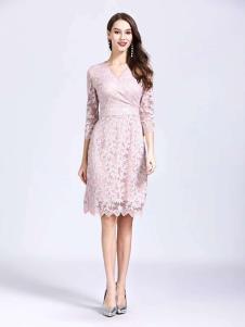 诺羽西女装粉色蕾丝修身连衣裙
