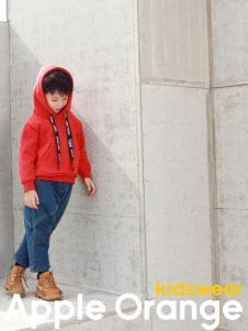 Apple Orange男童红色卫衣