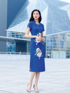 忆花寻女装蓝色刺绣旗袍