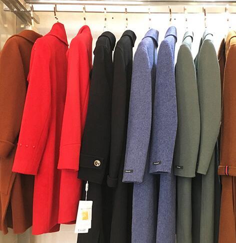 选择合适的服装加盟品牌该注意哪几点?