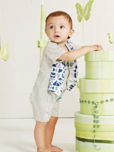 婴奈儿童装灰色几何时尚套装