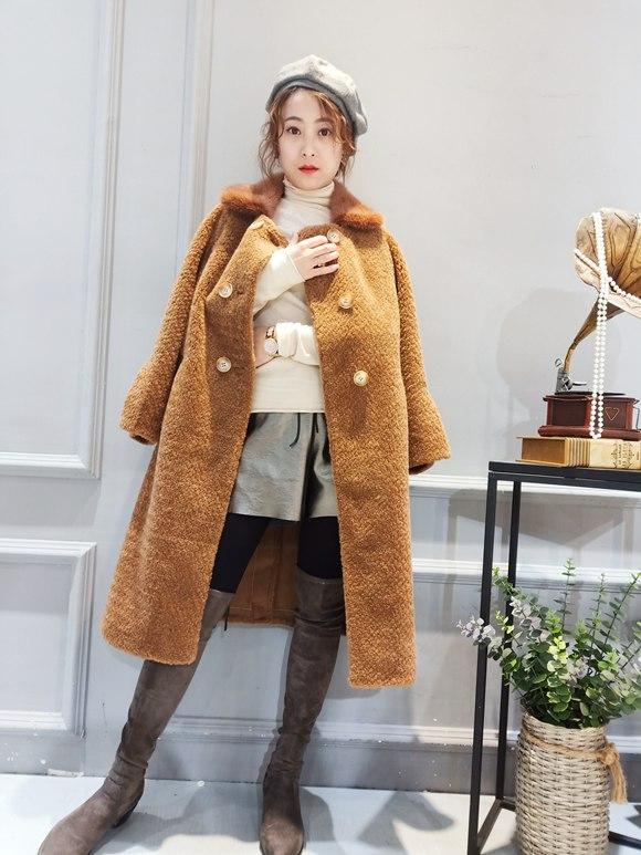 珍维诗妮女装羊剪绒大衣的优点