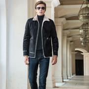 男士怎样穿搭比较有气质感 袋鼠男装新款时尚穿搭推荐