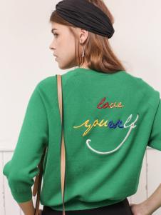 betu百图女装19绿色毛衣