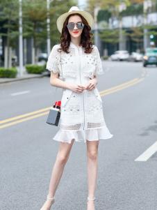 秋之恋品牌女装新款纯色连衣裙