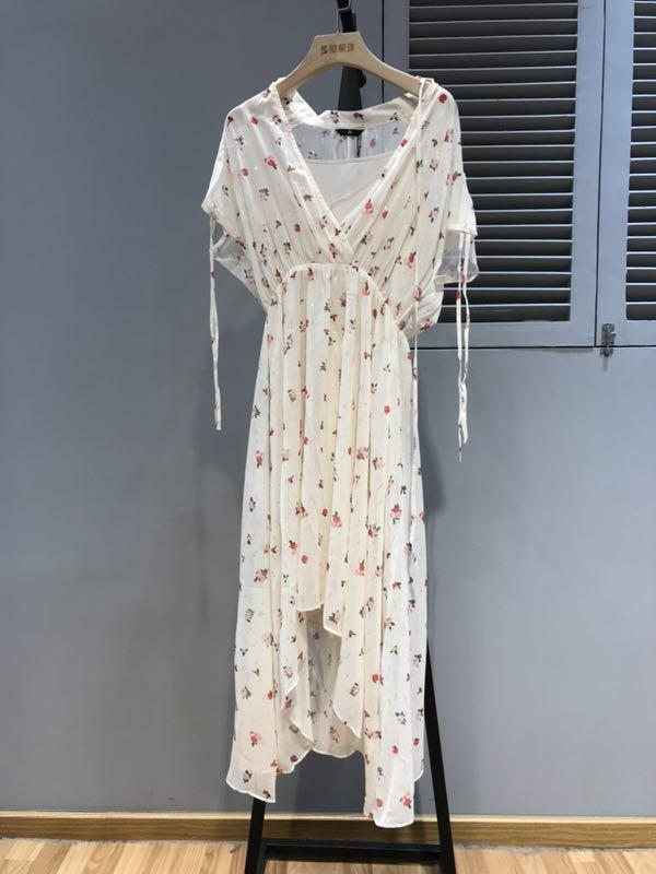 西所品牌2019新款春夏连衣裙折扣批发
