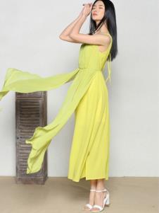 玛希露女装黄色无袖休闲连衣裙