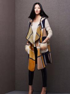 百薇女装时尚格子大衣