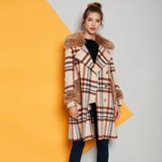冬季时髦的皮草大衣有哪些 卡地亚女装新款推荐