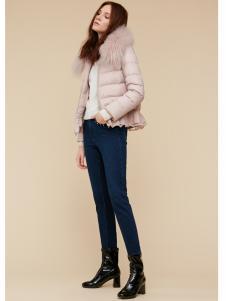季候风女装粉色 短款羽绒服