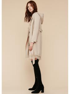 季候风女装米色针织外套