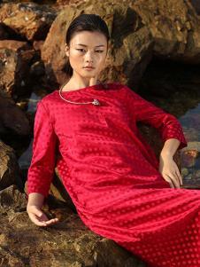 典禾女装红色长袖连衣裙