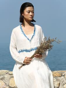 典禾女装白色民族风连衣裙