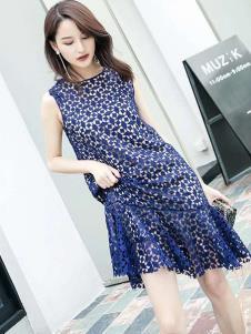 伊尚女装蓝色蕾丝连衣裙