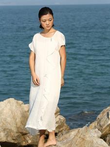 典禾女装白色宽松休闲连衣裙