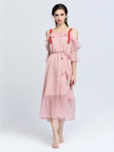 2019音非女装粉色吊带裙