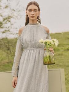 MYMO春夏新款纯色连衣裙
