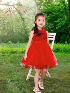 妮可贝贝童装红色时尚连衣裙