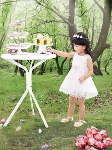 妮可贝贝童装白色甜美女裙