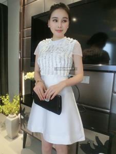 里迪美女装白色时尚礼服