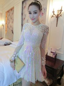 里迪美女装白色百褶礼服