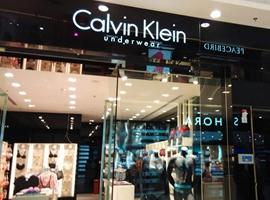 关店 改名 CK抹去所有Raf Simons痕迹 股价立即暴涨