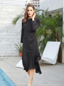 金蝶茜妮春夏新款黑色连衣裙