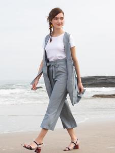 BLSS布伦圣丝新款时尚套装