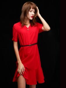 2019凡恩女装红色收腰连衣裙