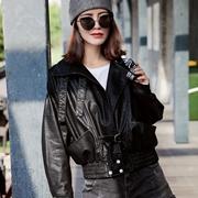 芝麻e柜女装短款外套穿搭让冬日更有活力