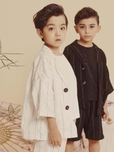 2019JOJO童装简约外套