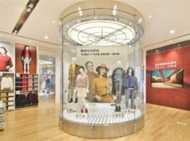 快时尚品牌2018年内地开店仅264家,锐减44%!