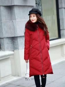 美兰娇丽红色羽绒服