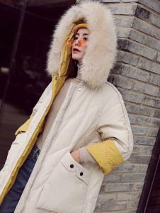 美兰娇丽新款白色羽绒服