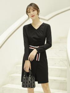红雨鸶女装新款修身收腰连衣裙
