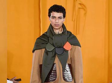 巴黎男装周:Loewe动态的慵懒之风是个好开端?