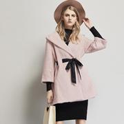 过年穿什么较时髦 艾米新款大衣彰显你的独特气质