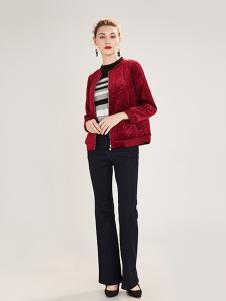 阔太女装红色时尚外套