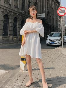 朵维思女装白色一字肩连衣裙