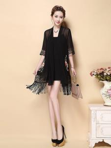 茗婉依格女装黑色印花连衣裙