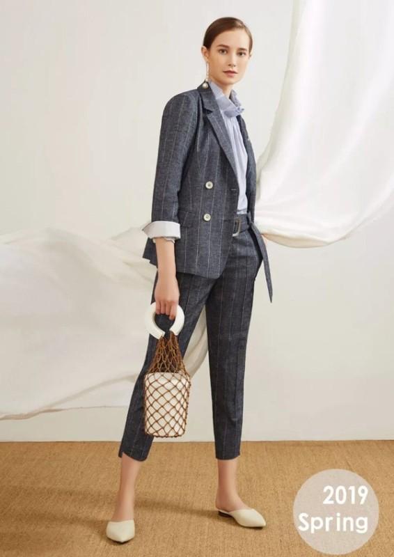 2019年外贸女式服装品牌一手货源批发