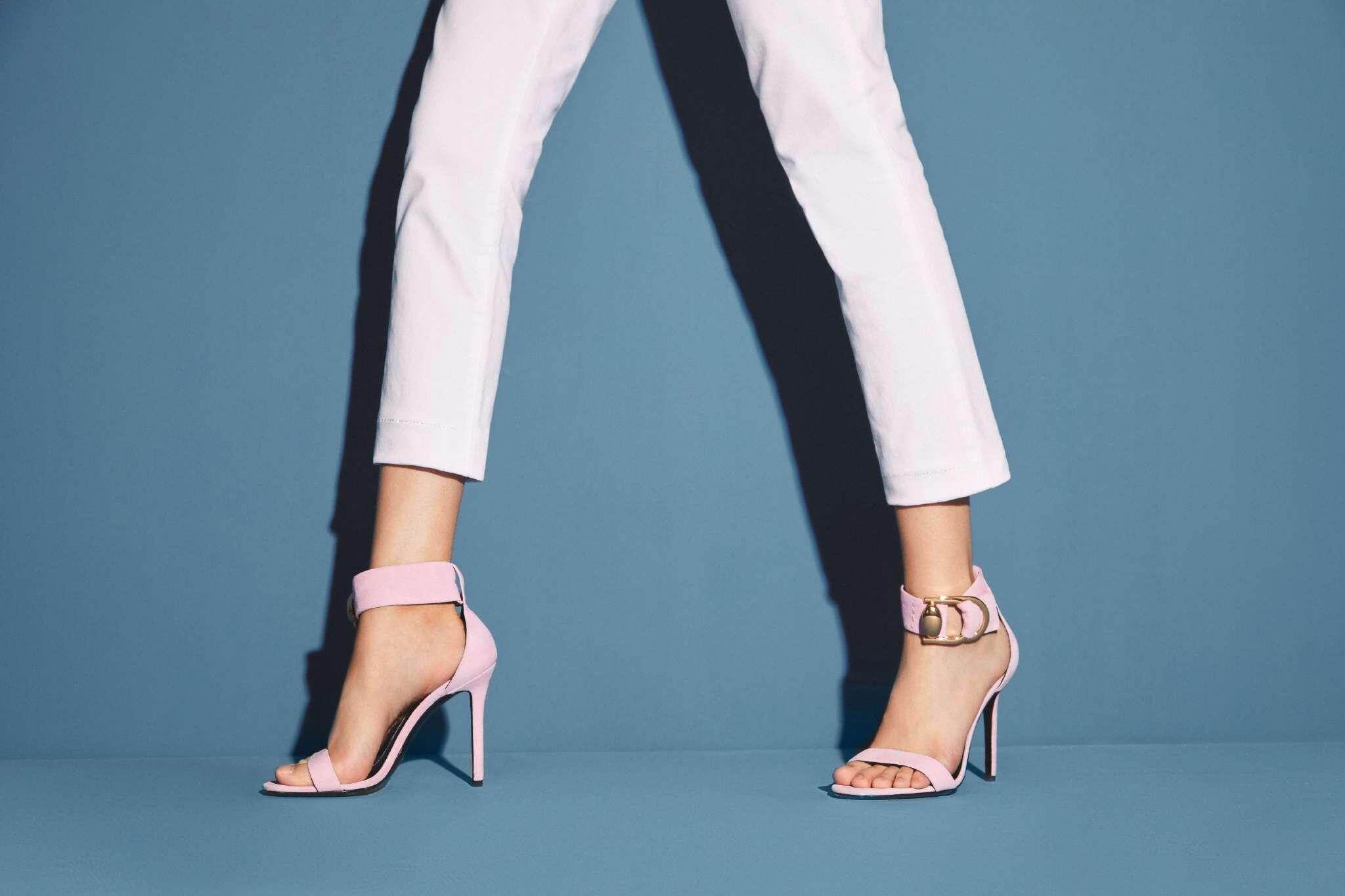 国产鞋受宠 广州鞋包品牌迪欧摩尼时尚创新更靓丽