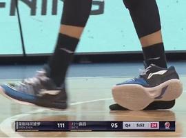 """""""闪击1代""""李宁球鞋当场炸裂  但问题不止于此"""