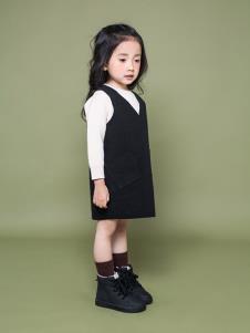 TIKKOROOM童装黑色毛呢连衣裙