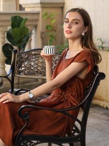浩洋国际女装焦糖色时尚连衣裙