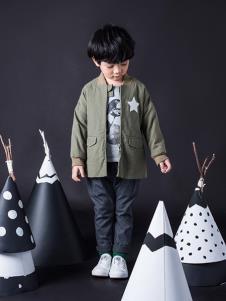 TIKKOROOM童装绿色时尚外套