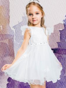水孩儿白色连衣裙