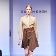 春天穿咖色的衣服合适吗 凯伦诗女装有什么好看的穿搭